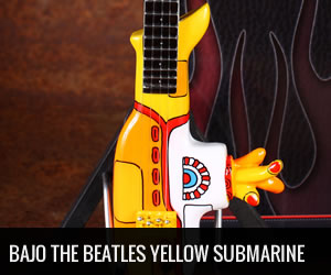 Bajo en Miniatura Yellow Submarine The Beatles